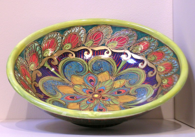 Rosalie Wynkoop, Bowl 2005, tin-glazed terra cotta
